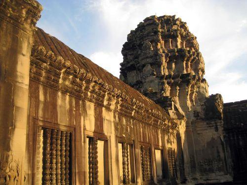 Kambocya-(18)